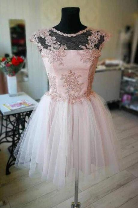 A Line Short Tulle Homecoming with Lace Appliuques Cute Graduation Dress
