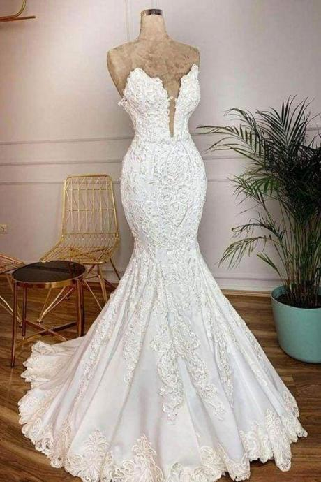 Bridelily Strapless Appliques Satin Mermaid Wedding Dress