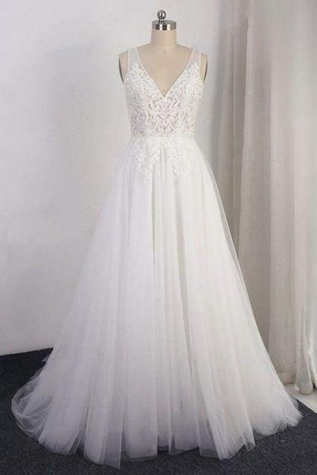Bridelily Open Back Appliques Tulle A-line Wedding Dress