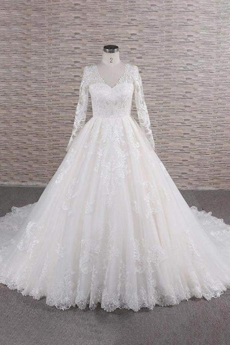 Graceful V-neck Long Sleeve Appliques Wedding Dress