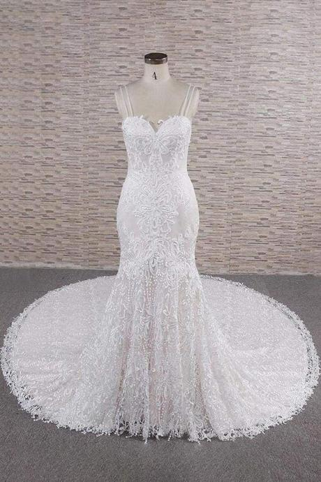 Chic Spaghetti Strap Appliques Mermaid Wedding Dress