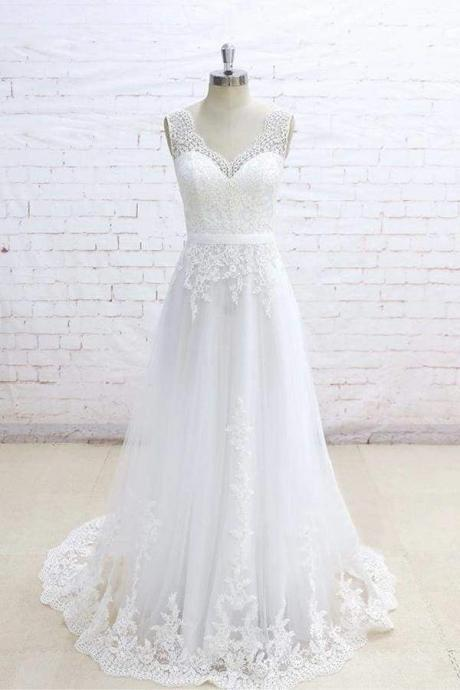Graceful Appliques V-neck Tulle A-line Wedding Dress
